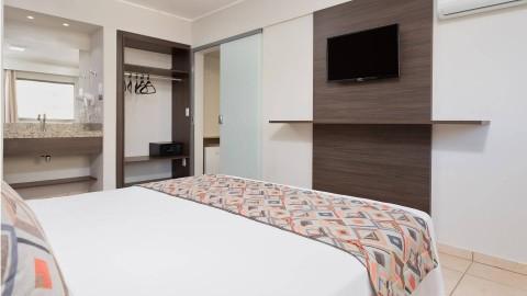 Baixa Temporada em Olímpia SP no Wyndham Olimpia Royal Hotels